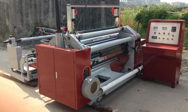 Бобинорезательная машина горизонтального контактного типа для нарезки узких роликов шириной от 5-10 мм серий BFQ и BFQ-speed. Фото 17.
