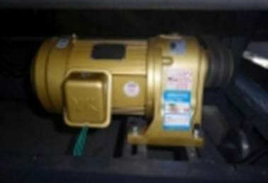 Бобинорезальная машина для резки спанбонда и других нетканных материалов шириной до 1800 мм. Фотография 12.