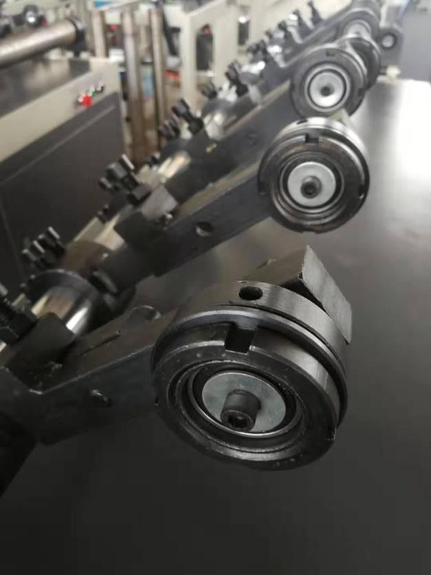 Втулкорезка – 1500 для нарезки втулок, шпулей, туб и картонных барабанов длиной до 1500 мм, внутренним диаметром 30 – 100 мм. Фотография 2.