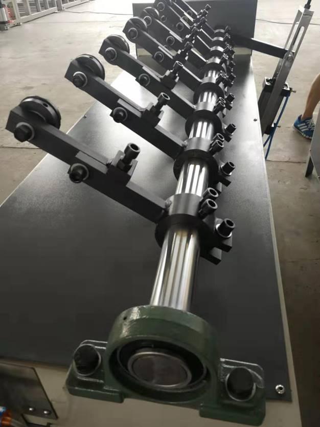 Втулкорезка – 1500 для нарезки втулок, шпулей, туб и картонных барабанов длиной до 1500 мм, внутренним диаметром 30 – 100 мм. Фотография 3.