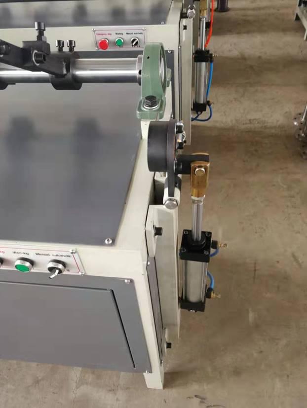 Втулкорезка – 1500 для нарезки втулок, шпулей, туб и картонных барабанов длиной до 1500 мм, внутренним диаметром 30 – 100 мм. Фотография 5.