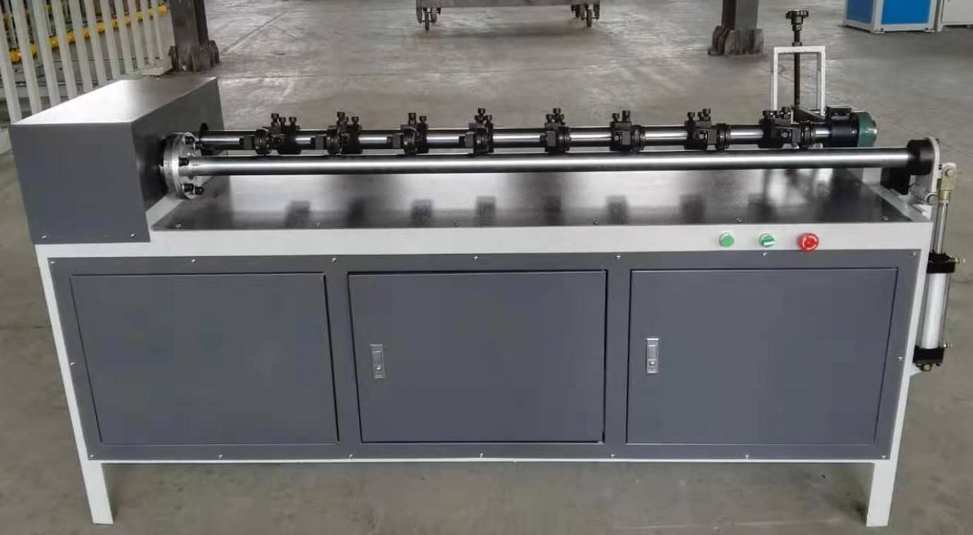 Втулкорезка – 1500 для нарезки втулок, шпулей, туб и картонных барабанов длиной до 1500 мм, внутренним диаметром 30 – 100 мм. Фотография 8.